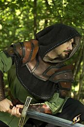 Shoulder Armour & Neck Guard - Bruin/Zwart